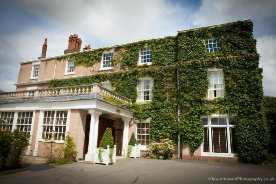 Rowton Hall Hotel And Spa Chester